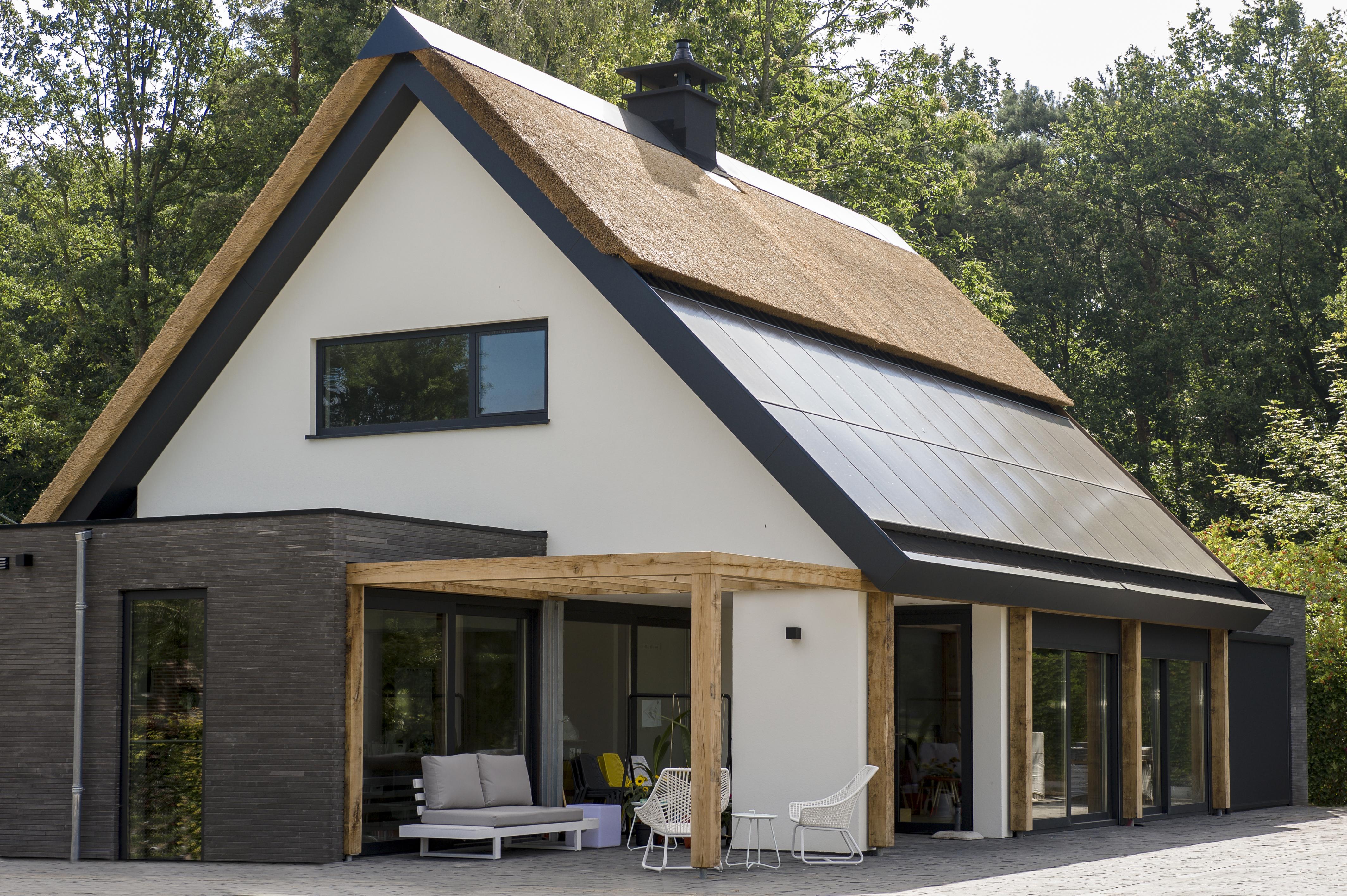 Ideale positie zonnepanelen: hoe bepaalt een architect de plaats van mijn zonnepanelen?